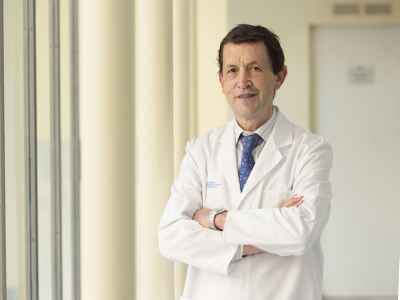 Dr. Canseco González