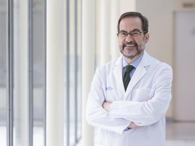 Dr. Gil Garay