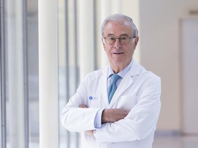 Dr. Alberdi Frías, José María