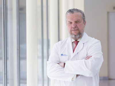 Dr. Gil Vera, Fernando