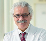 El Dr. Ventura Anciones es jefe del Servicio de Neurología de INEAMAD