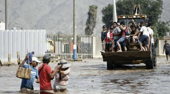 FOTO DESASTRE PERU