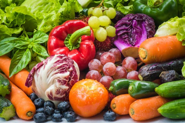Frutas hortalizas frescas comer sano varias verduras frescas